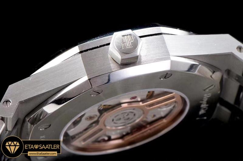 Audemars Piguet Royal Oak 15500 2019 Basel Çelik Kasa Beyaz Kadran Super Clone ETA