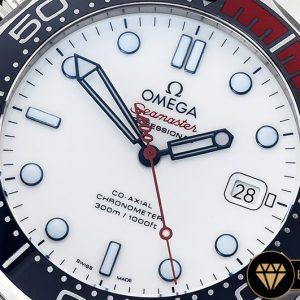Omega Seamaster 007 Commander Çelik Kasa Çelik Kordon Beyaz Kadran ETA